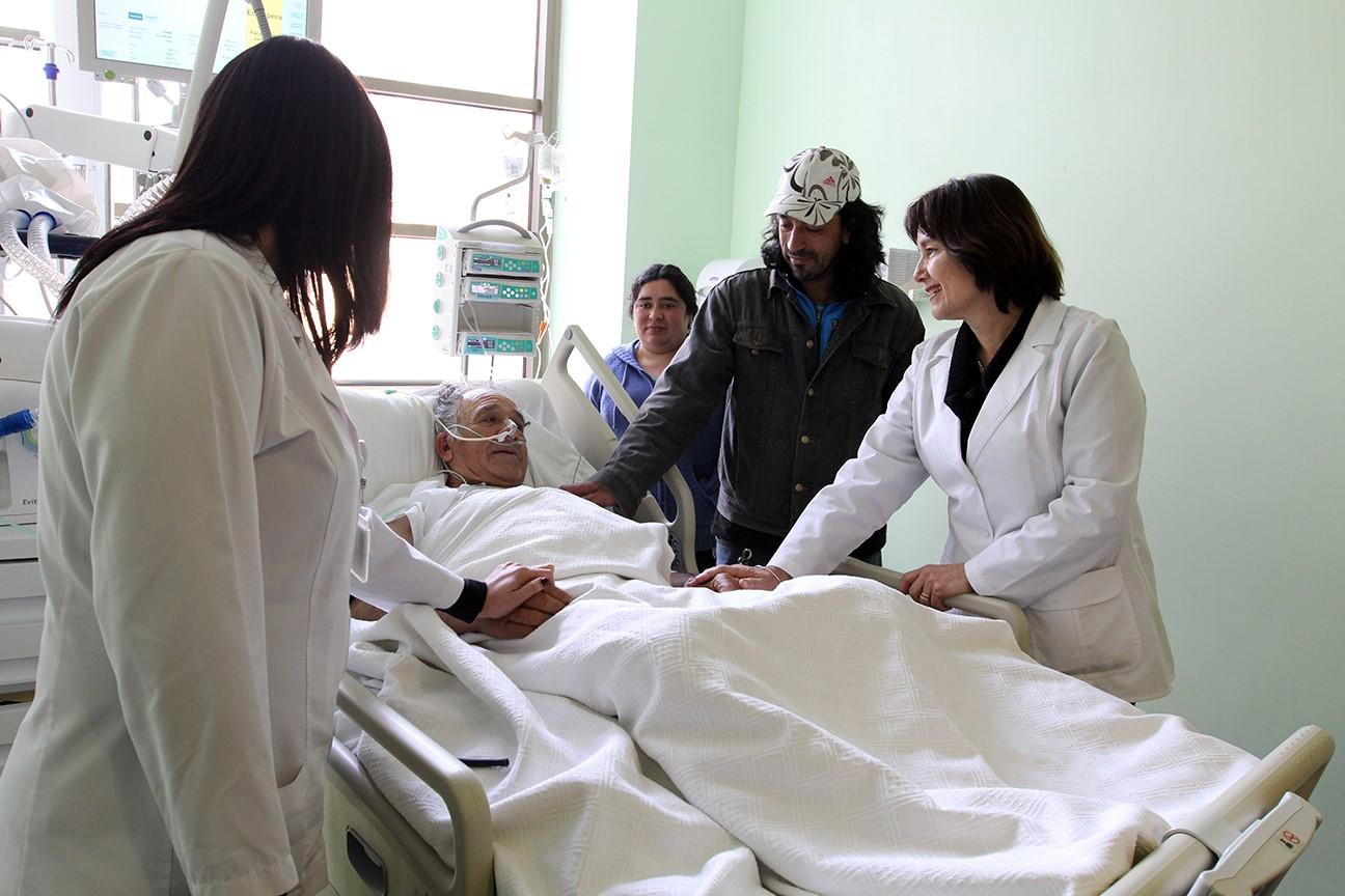 Ministra de Salud visita Hospital Puerto Montt