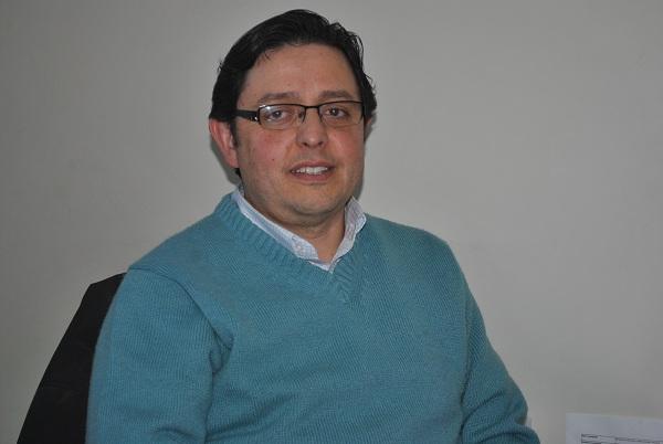 Arturo Ayres