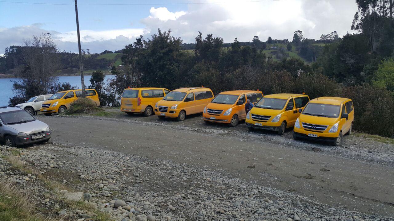 Se levantó el paro de los vehículos de transporte escolar en Puluqui.