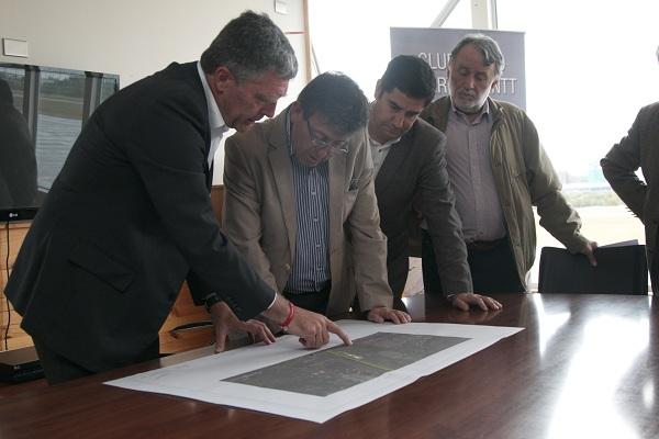 Municipio y Club Aéreo de Puerto Montt  impulsan proyecto.