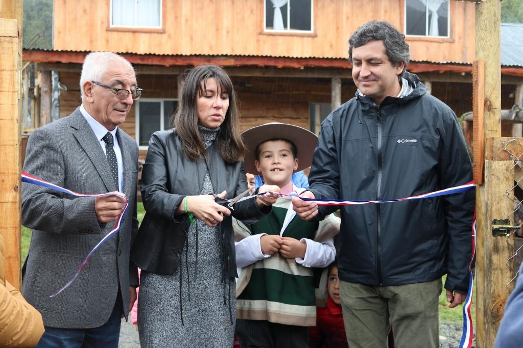 Estudiantes de Villa Santa Lucía inauguraron su año escolar