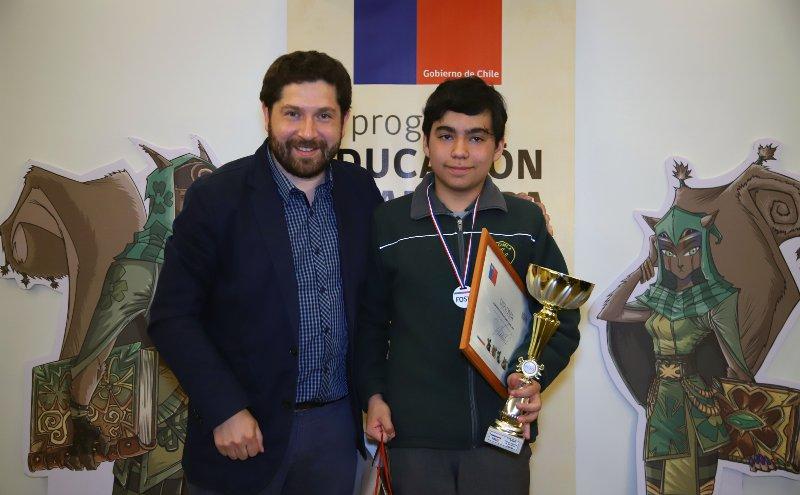 Escuela Licarayen de Puerto Montt Resulto ganadora en Torneo Regional del Juego del Ahorro