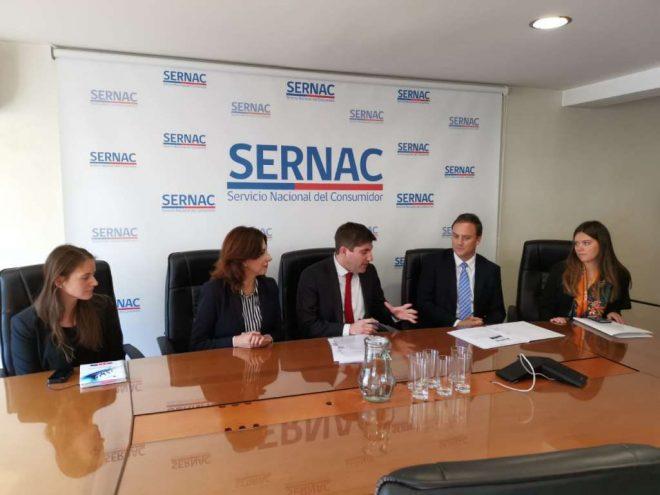 Ministro Ward entrega al Sernac antecedentes de publicidad engañosa por ofertas inmobiliarias